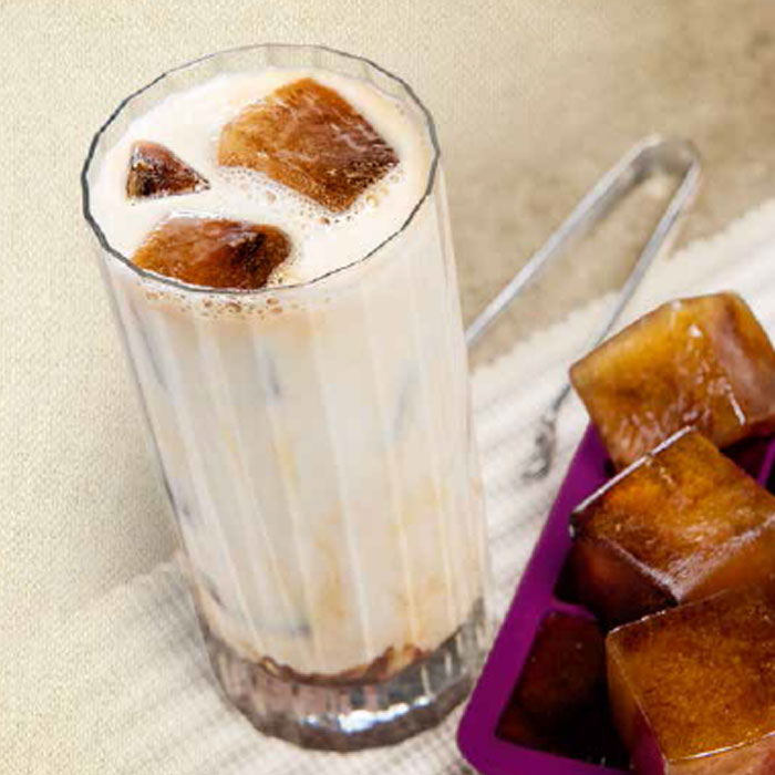 Iced Mocha With Cold Drop Ice Cubes Recipe